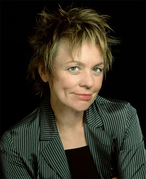 Laurie Anderson: O Superman rogerbourland com