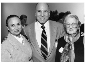 [PHOTO: Left to right: Rosa Kaswick, Dr. Jon Kaswick, and Muriel Gluck, photo by Todd Cheney]